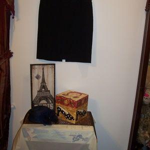 ANN TAYLOR LOFT BLACK PENCIL SKIRT 12